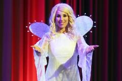 """27.09.2016 KölnThema: Weihnachtsengel Annemarie Eilfeld im Musical """"Vom Geist der Weihnacht"""" im SartoryFoto: Norbert GanserAut.-Nr. 431932"""
