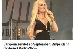 Moderatorin und Sängerin Antje Klann